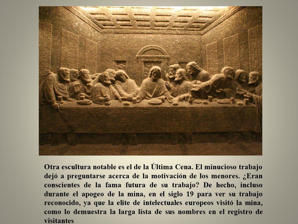 Las esculturas religiosas son las principales atracciones para los visitantes, principalmente debido a su extraordinaria línea con la cultura cristiana.