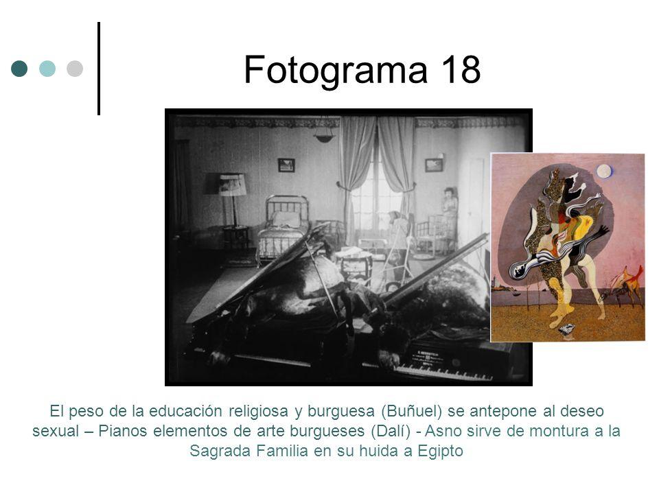Fotograma 18 El peso de la educación religiosa y burguesa (Buñuel) se antepone al deseo sexual – Pianos elementos de arte burgueses (Dalí) - Asno sirve de montura a la Sagrada Familia en su huida a Egipto