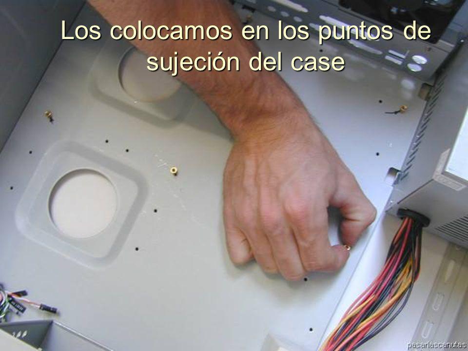 ENSAMBLAJE Y MANTENIMIENTO DE COMPUTADORAS ENSAMBLAJE DE COMPUTADORA UNIVERSIDAD CATOLICA BOLIVIANA SAN PABLO GESTIÓN - 2006 Preparamos los separadores de la T M y el case