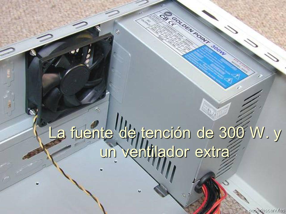 ENSAMBLAJE Y MANTENIMIENTO DE COMPUTADORAS ENSAMBLAJE DE COMPUTADORA UNIVERSIDAD CATOLICA BOLIVIANA SAN PABLO GESTIÓN - 2006 Los cables de interruptores, led's, altavoz, etc..