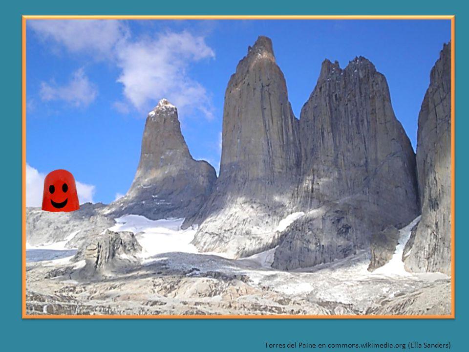 Torres del Paine en commons.wikimedia.org (Ella Sanders)