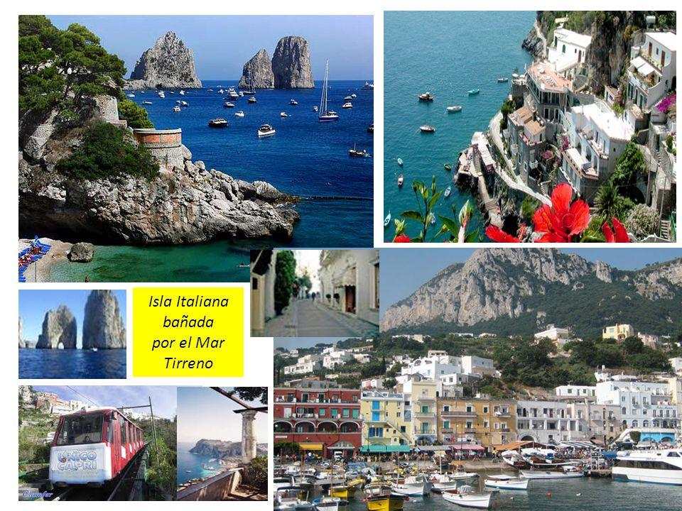 Isla Italiana bañada por el Mar Tirreno