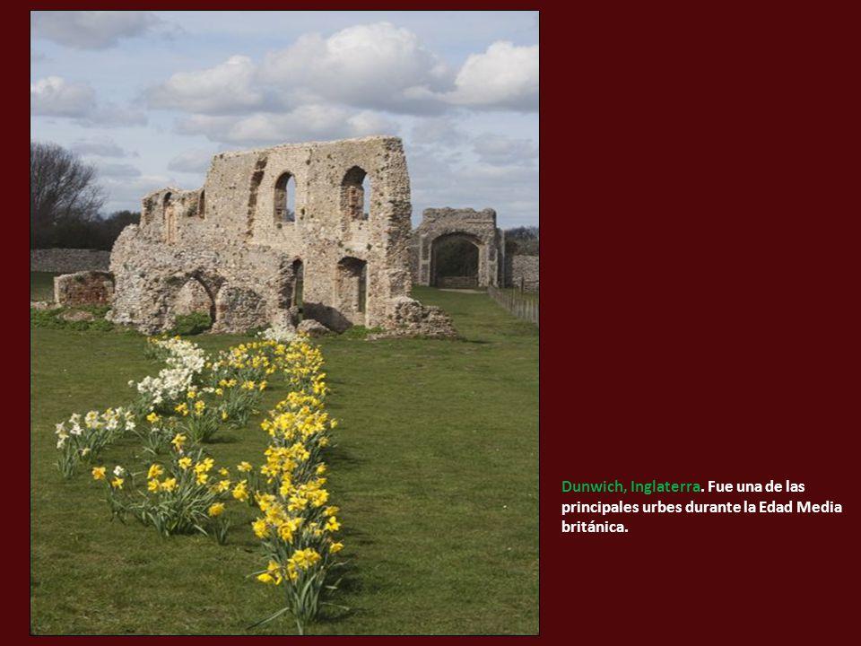 Dunwich, Inglaterra. Fue una de las principales urbes durante la Edad Media británica.