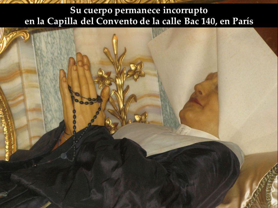 La religiosa que recibió este mensaje fue Santa Catalina Labouré.