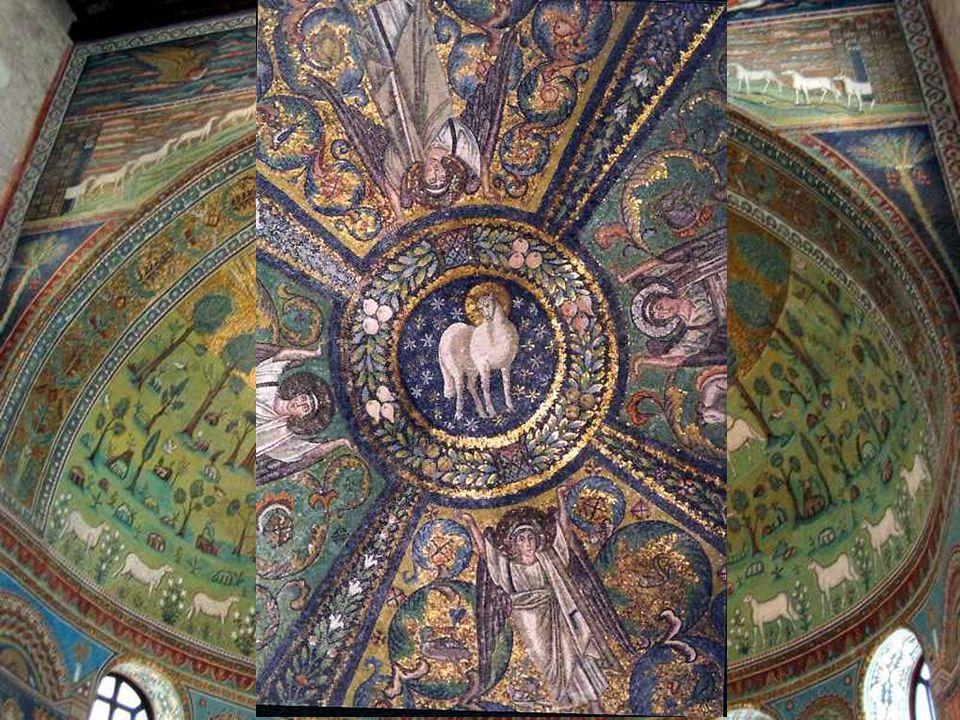 En ocasiones, las representaciones de Cristo son simbólicas, apareciendo en su lugar la Cruz o el Cordero.