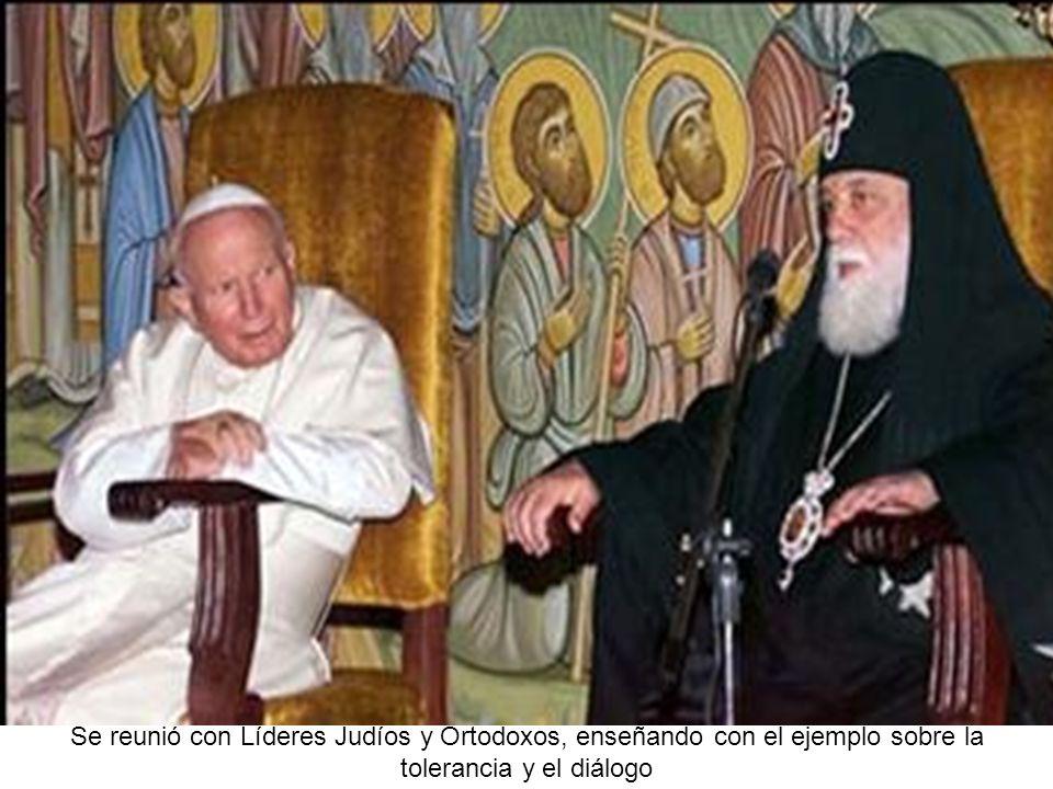 Se reunió con Líderes Judíos y Ortodoxos, enseñando con el ejemplo sobre la tolerancia y el diálogo