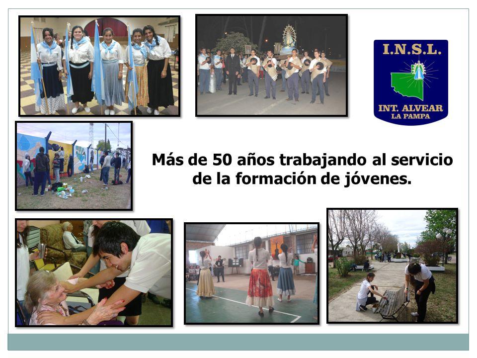 Más de 50 años trabajando al servicio de la formación de jóvenes.