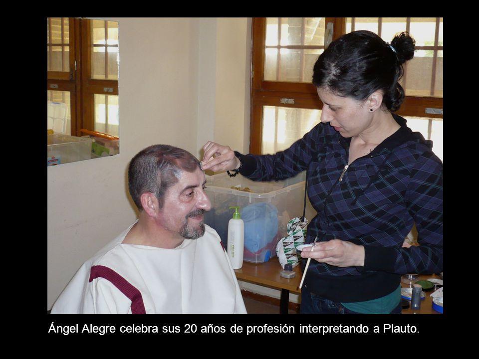 Ángel Alegre celebra sus 20 años de profesión interpretando a Plauto.
