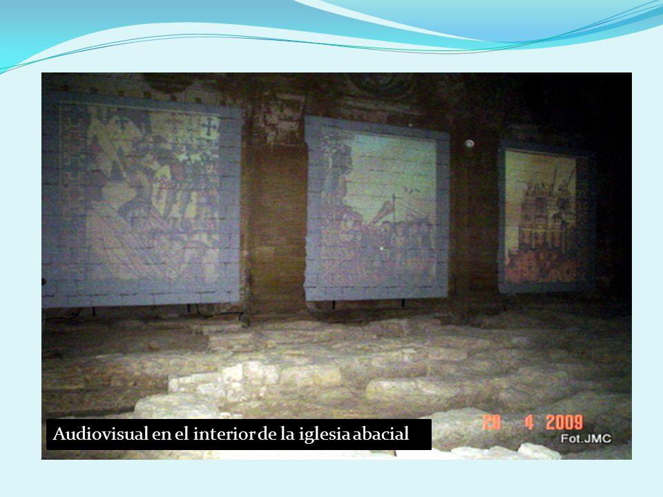 Dentro de la iglesia, un interesante audiovisual ofrece al visitante datos de interés, aunque se echa de menos el magnífico juego de luces que antes se filtraba por ventanas y claraboyas