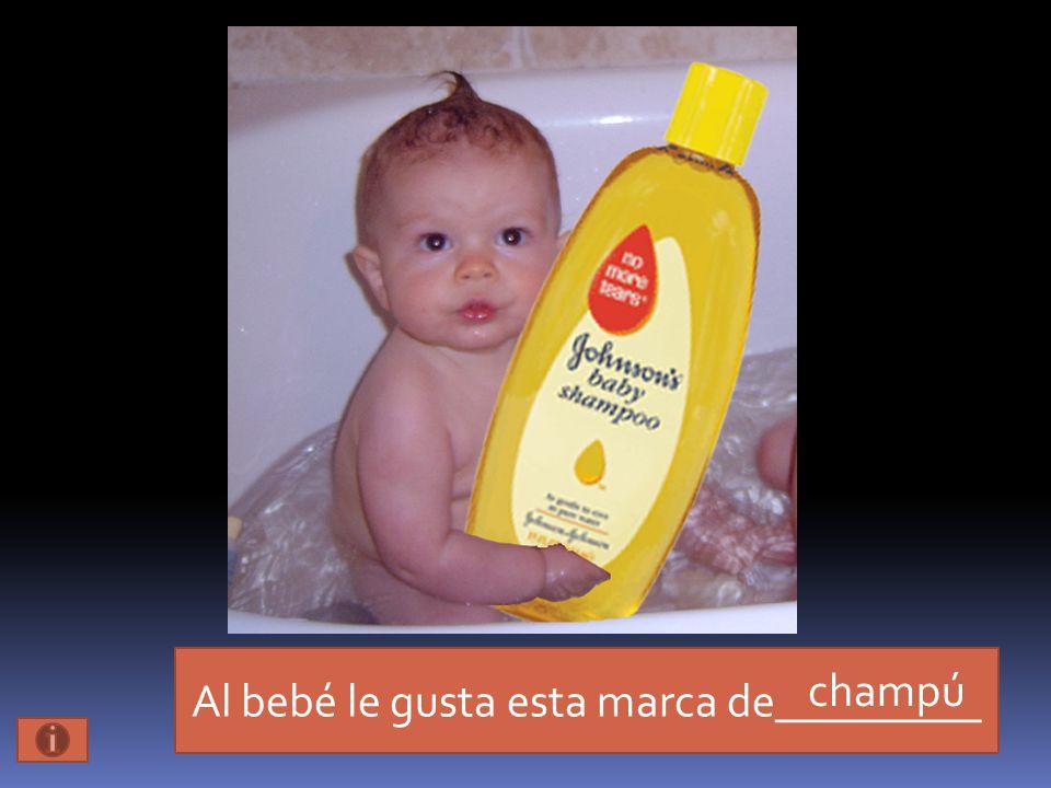 Al bebé le gusta esta marca de_________ champú