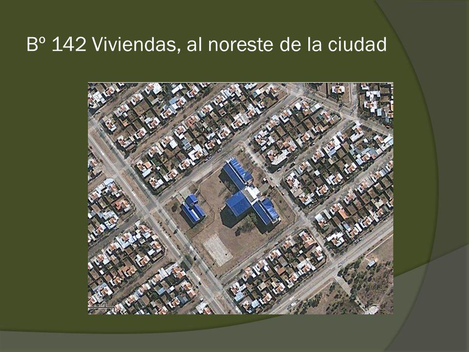 Bº 142 Viviendas, al noreste de la ciudad