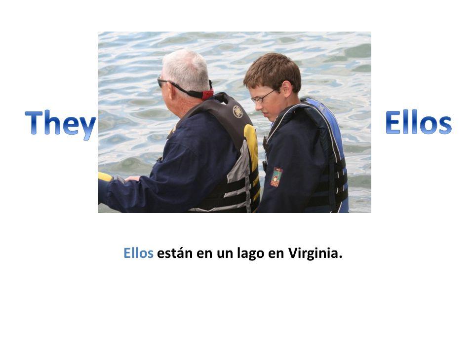 Ellos están en un lago en Virginia.
