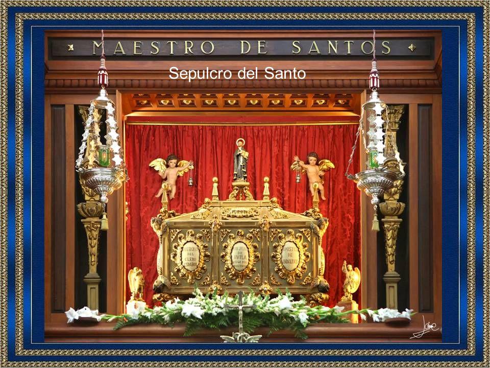 Reserva y bendición por Don José Almedina Polonio, Rector de la Basílica y Consiliario de la Sección de Montilla.