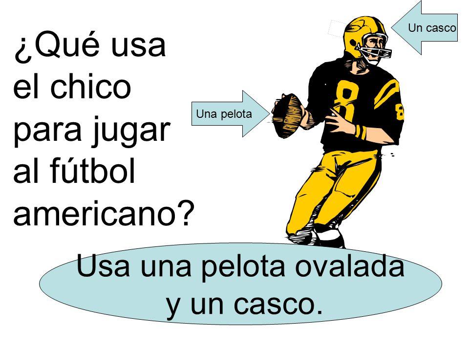 ¿Qué usa el chico para jugar al fútbol americano. Usa una pelota ovalada y un casco.
