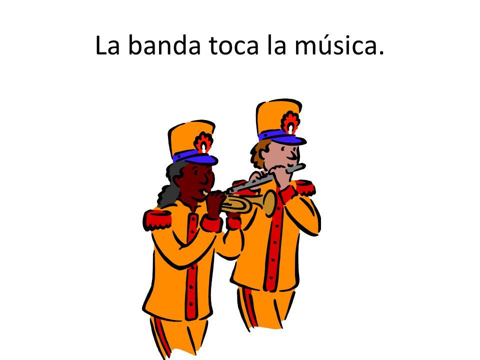 La banda toca la música.