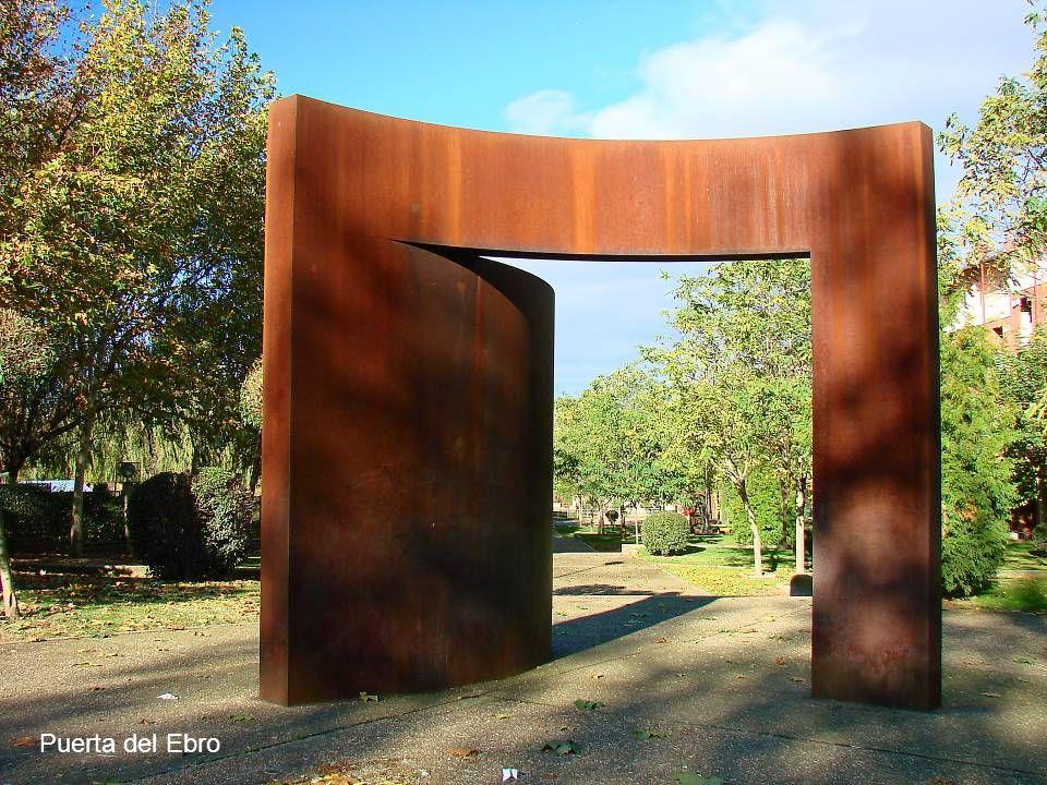 Puerta 9º Centenario