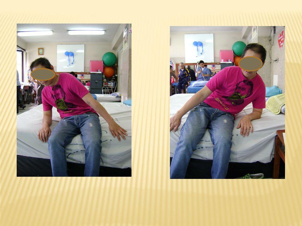 Carga de peso sobre la pierna afectada.Flexiones y extensiones alternadas de rodilla.