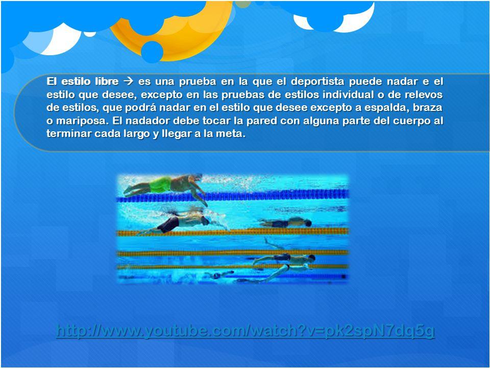 El estilo libre  es una prueba en la que el deportista puede nadar e el estilo que desee, excepto en las pruebas de estilos individual o de relevos d
