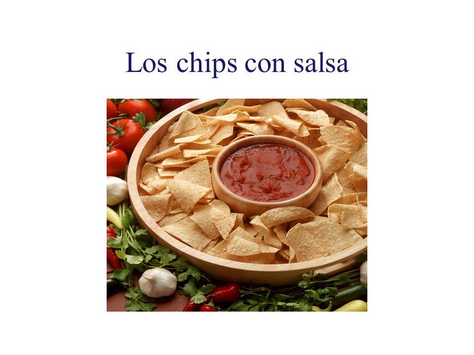 Los chips con salsa