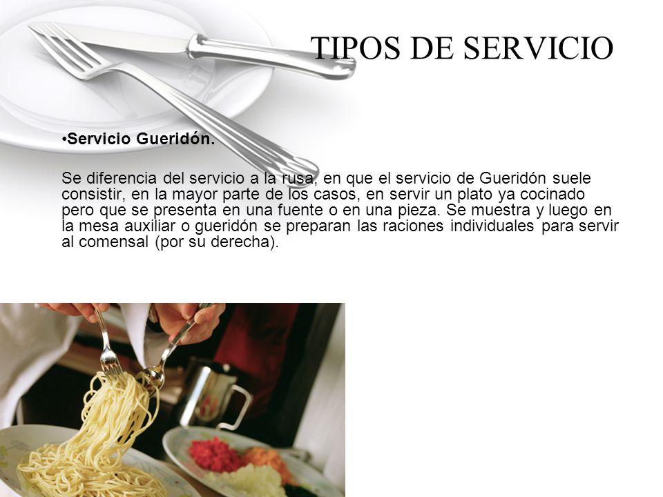 TIPOS DE SERVICIO Servicio a la francesa.