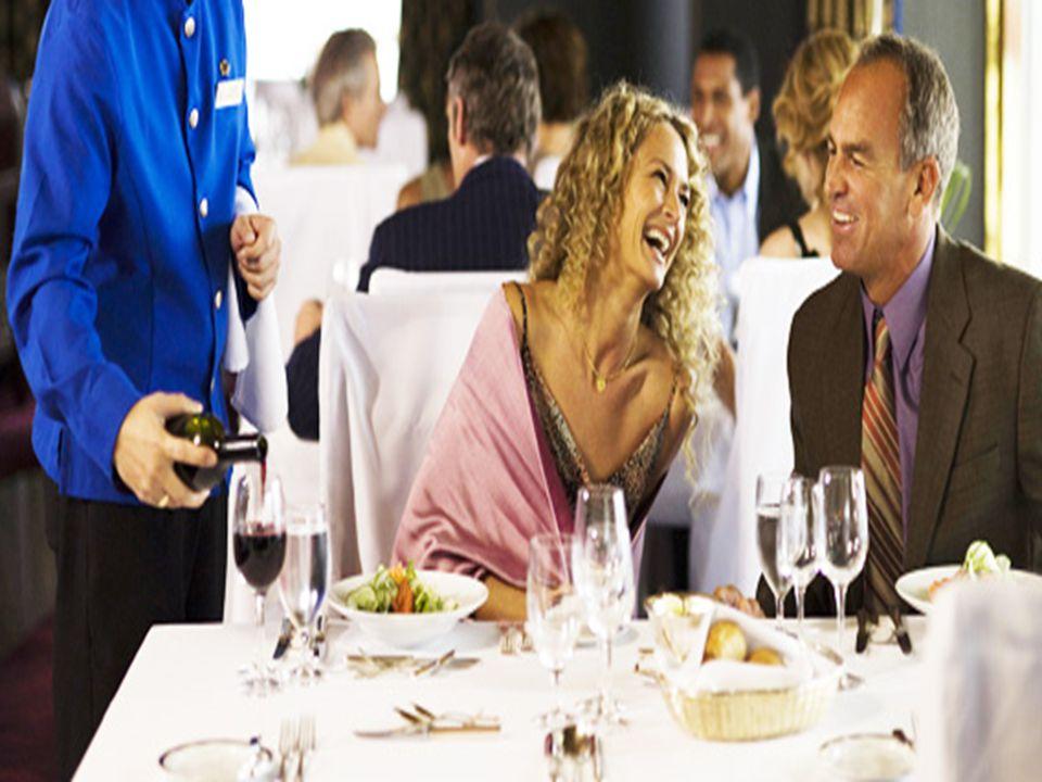 PROTOCOLO En todas las reuniones sociales, desde la más sencilla hasta la mas exquisita, la mesa es siempre un punto donde se reúnen las personas invitadas junto con sus anfitriones.