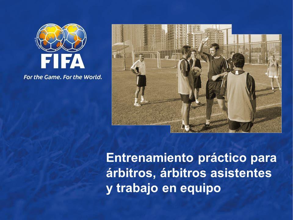 2 Habilidades del árbitro Habilidades del árbitro asistente Fuera de juego Trabajo en equipo Temas movimiento del balón movimiento de los jugadores Movimiento de los árbitros y de los árbitros asistentes.