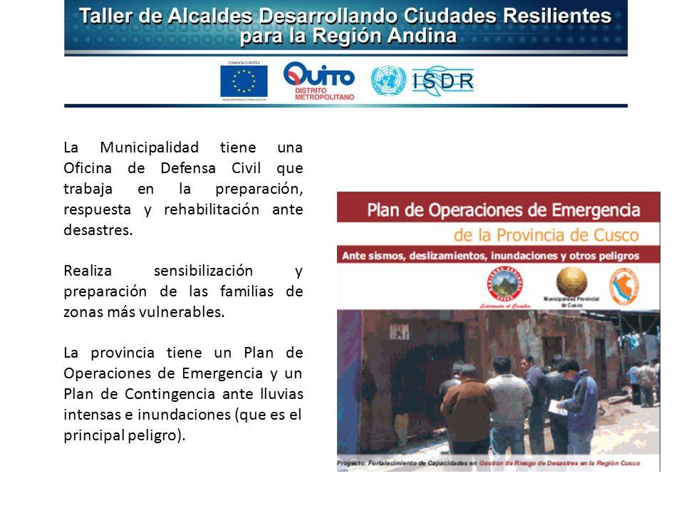 La Municipalidad tiene una Oficina de Defensa Civil que trabaja en la preparación, respuesta y rehabilitación ante desastres.