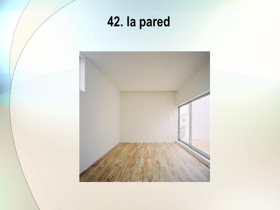 42. la pared