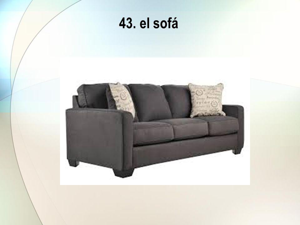 43. el sofá