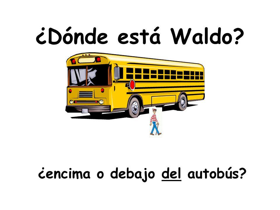 ¿Dónde está Waldo? ¿cerca de o lejos de la escuela?