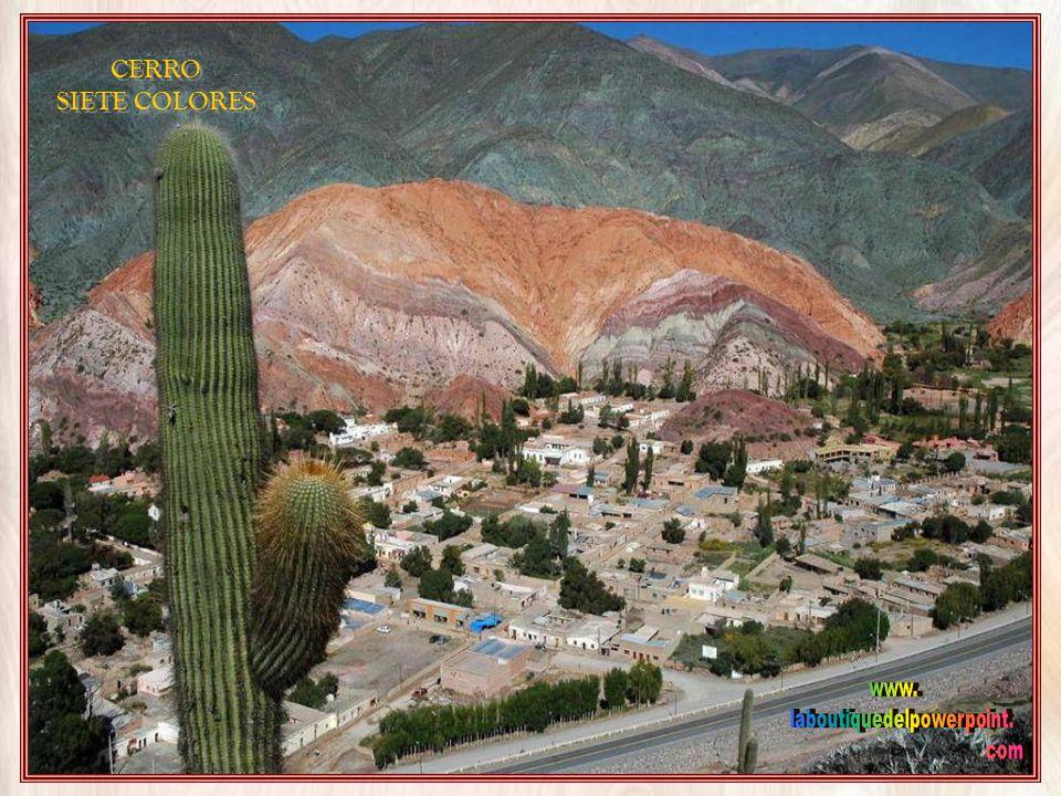En lengua Aimará significa pueblo de la tierra virgen. Tiene una importante feria artesanal, pero este pueblo es famoso y muy visitado por su Cerro de