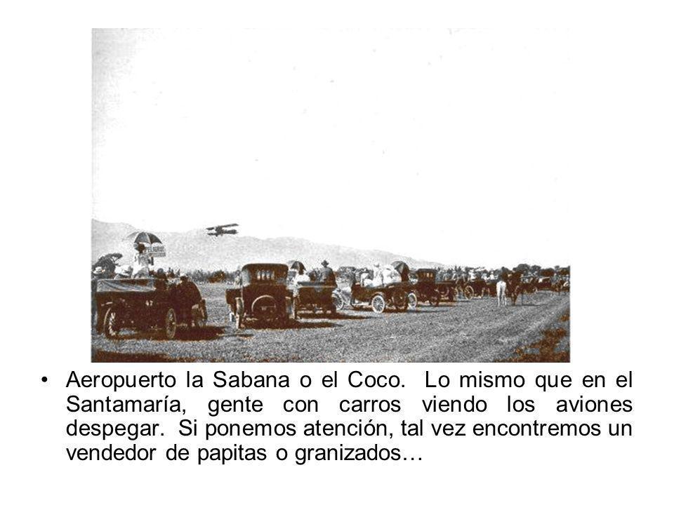 Aeropuerto la Sabana o el Coco. Lo mismo que en el Santamaría, gente con carros viendo los aviones despegar. Si ponemos atención, tal vez encontremos