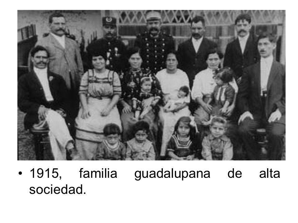 1915, familia guadalupana de alta sociedad.