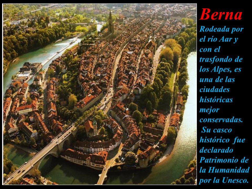 Basilea es el centro de las industrias química y farmacéutica suizas. Las archiconocidas empresas farmacéuticas Novartis y Hoffmann-La Roche tienen su