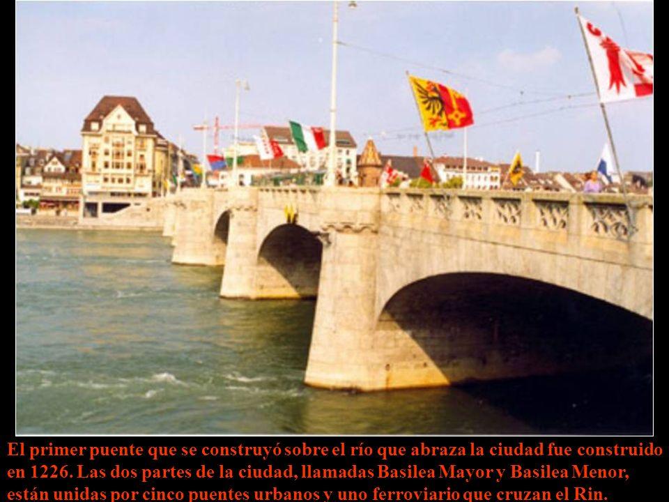 Basilea fue fundada por los romanos en el año 44 a. de C., luego quedó vinculada al imperio germánico, En el XVI entró en la Confederación Helvética y