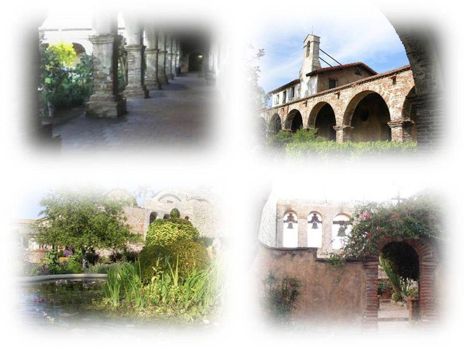 La Fiesta de las Golondrinas es una celebración por el regreso de las golondrinas a San Juan de Capistrano el 19 de marzo de cada año, para el día de San José.