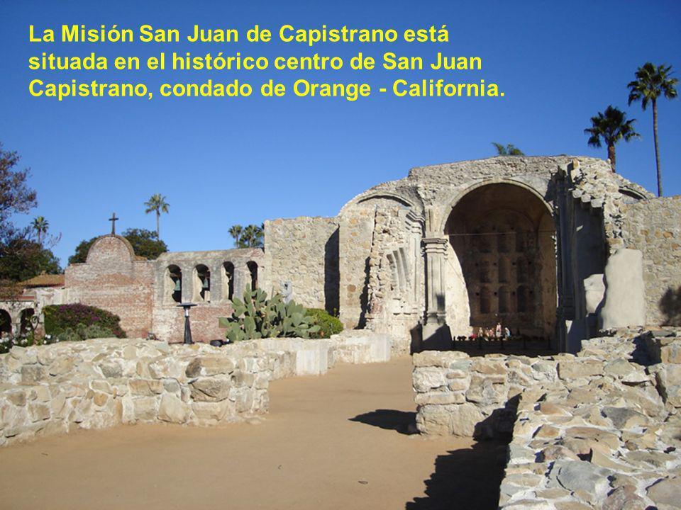San Juan Capistrano se encuentra en el sur de California, a medio camino entre Los Ángeles y San Diego.