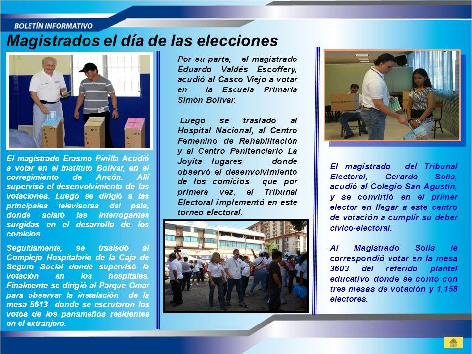 Por su parte, el magistrado Eduardo Valdés Escoffery, acudió al Casco Viejo a votar en la Escuela Primaria Simón Bolívar. Luego se trasladó al Hospita
