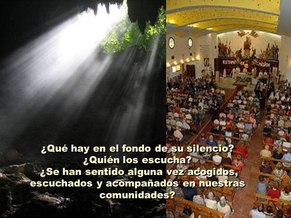La mayoría se ha ido marchando silenciosamente, sin sacar ruido alguno. Siempre han estado mudos en la Iglesia. Nadie les ha preguntado nada important