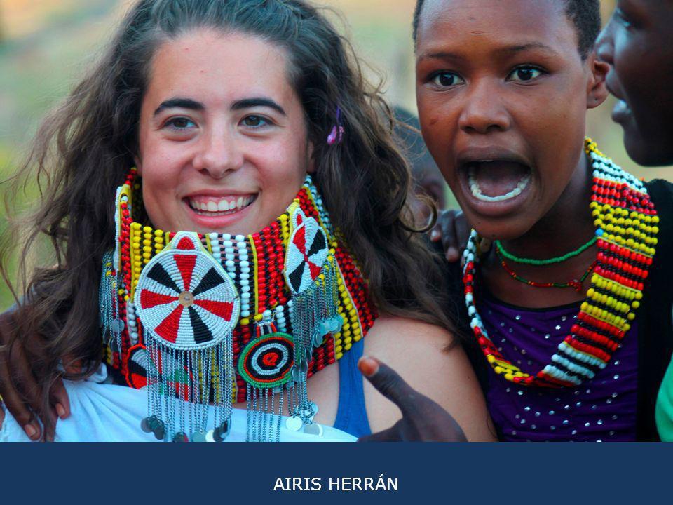 MARIO ROMERO Campaña 2011 La sonrisa de estas niñas no tiene precio, cualquier cosa les llama la atención y el cariño que expresan es increíble.