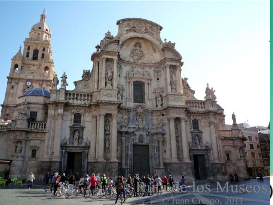 Rutas y viajes de Murcia en bici Son de diversos tipos pensadas para los diferentes usuarios de la bicicleta y organizadas a lo largo del año: 1.Rutas en familia 2.Rutas con encanto 3.Rutas BTT o montaña 4.Grandes rutas 5.Otras rutas