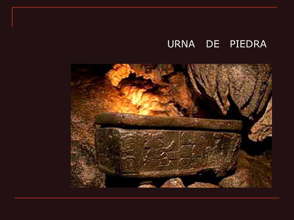 URNA DE PIEDRA