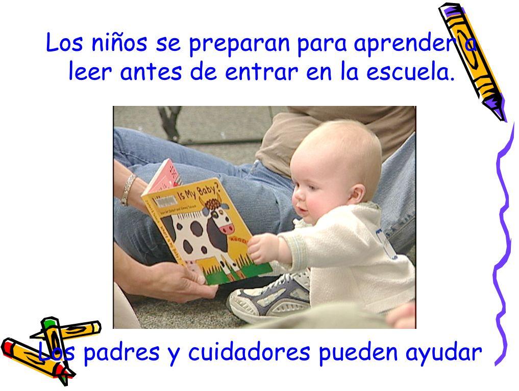 Los niños se preparan para aprender a leer antes de entrar en la escuela.