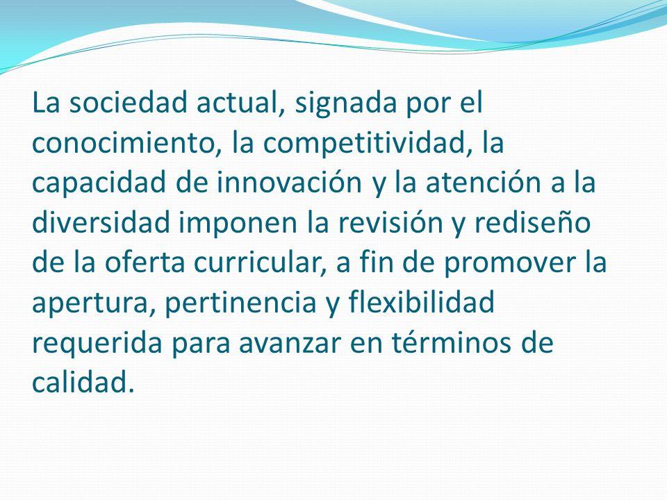 El tema de la transformación del currículo fue abordado en el marco de los trabajos realizados para la formulación de Plan Decenal de la Educación Superior Dominicana 2008-2018.