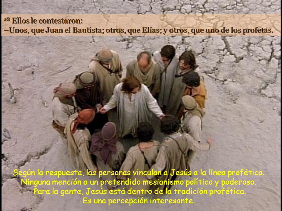 27 Jesús salió con sus discípulos hacia las aldeas de Cesarea de Filipo y por el camino les preguntó: –¿Quién dice la gente que soy yo? Todo sucede po