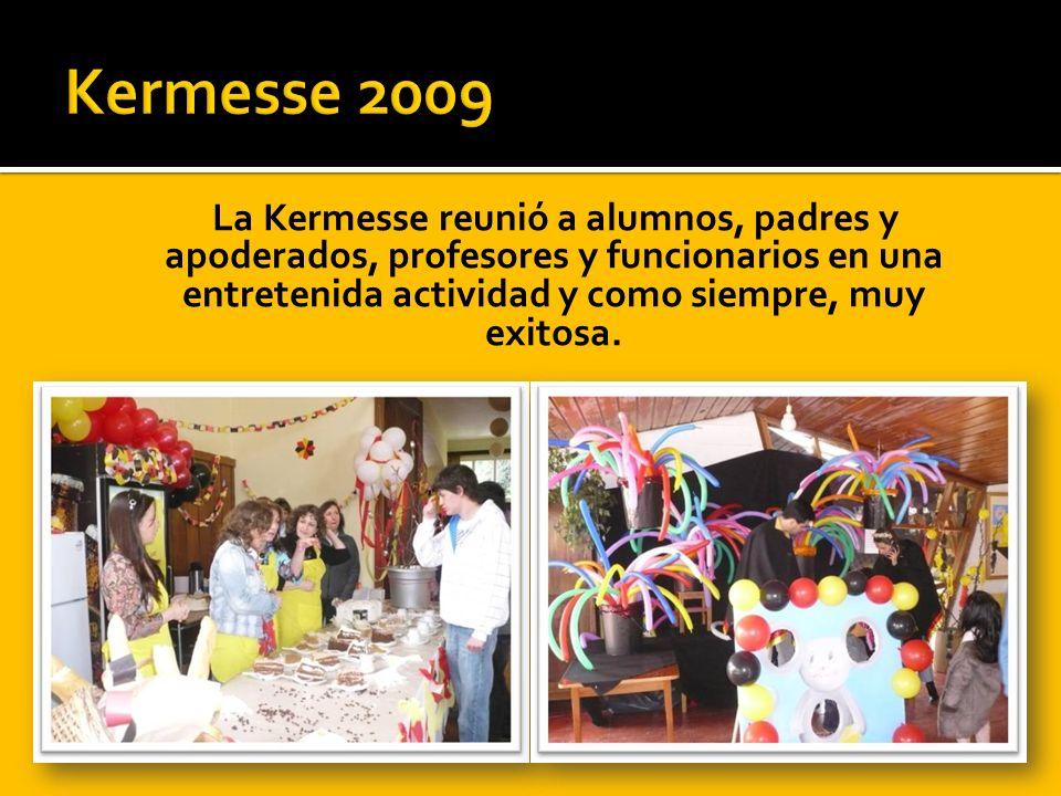 La Kermesse reunió a alumnos, padres y apoderados, profesores y funcionarios en una entretenida actividad y como siempre, muy exitosa.