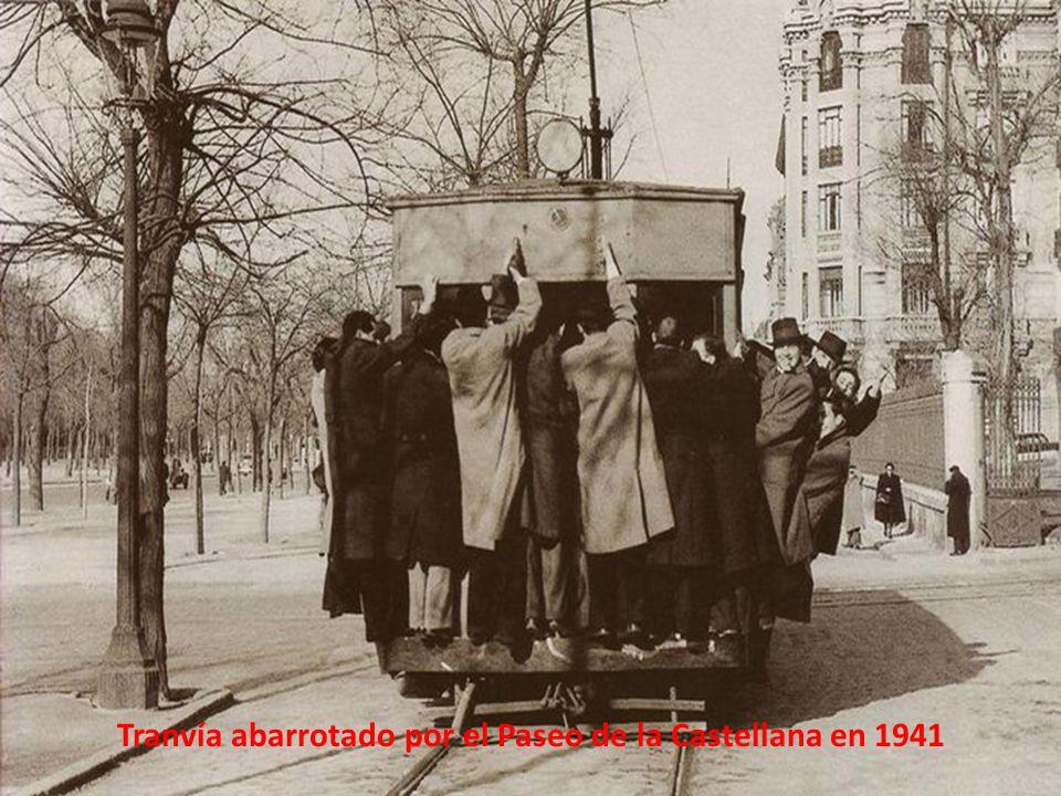 Tranvía tomado por el Ejército en 1949.