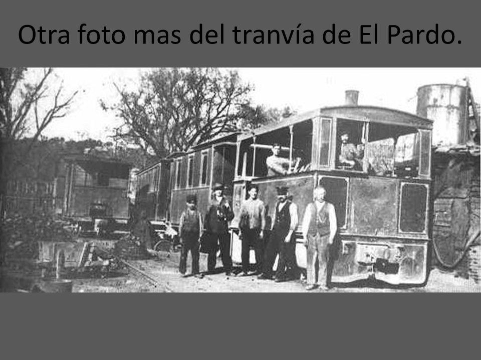 El tranvía que unía La Florida con El Pardo a principios del siglo XX. Se puede apreciar que era a vapor.
