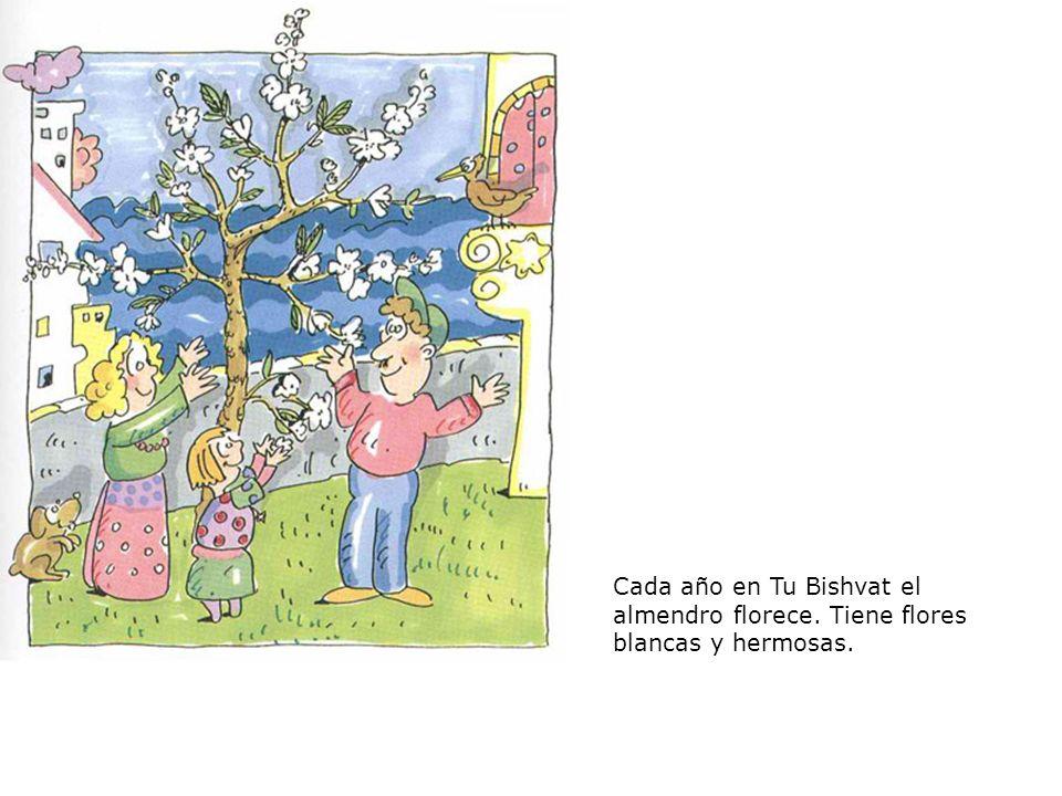 Shaked y sus amigos juegan en el jardín al lado del almendro.