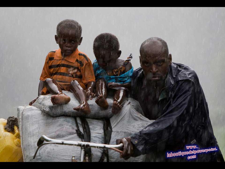 Varios miles de personas desplazadas en los combates entre rebeldes y tropas del gobierno en la República Democrática del Congo regresan en un alto el